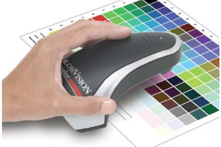 Jaký je rozdíl mezi kolorimetry a spektrofotometry?